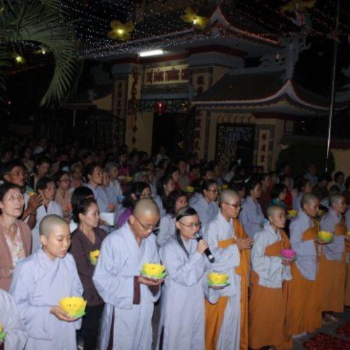 Lễ Hoa Đăng nguyện cầu cho Quốc thái dân an