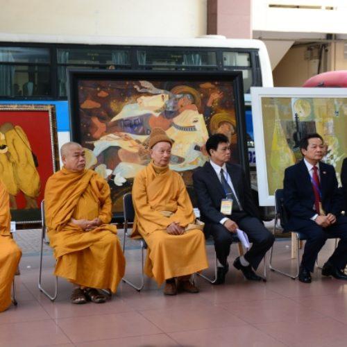 """Tp. HCM: Khai mạc triển lãm tranh """"Đất nước, con người Việt Nam với Phật giáo"""