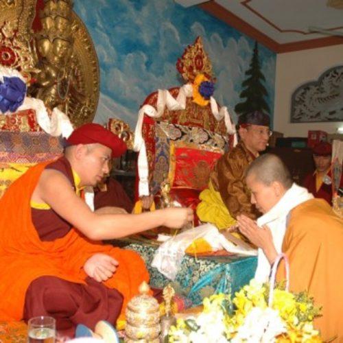 Pháp Vương Gyalwang Drukpa truyền quán đảnh tại Quan Âm Tu Viện