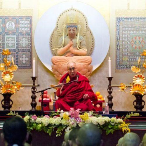 Luận giải về Phật giáo Kim cương thừa và các truyền thống Tạng truyền