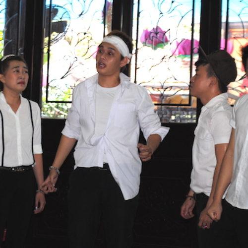 Diễn kịch trong chùa – khơi gợi từ bi