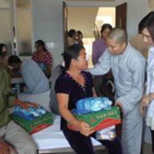 Chương trình từ thiện tại Quan Âm Tu Viện trong năm 2017